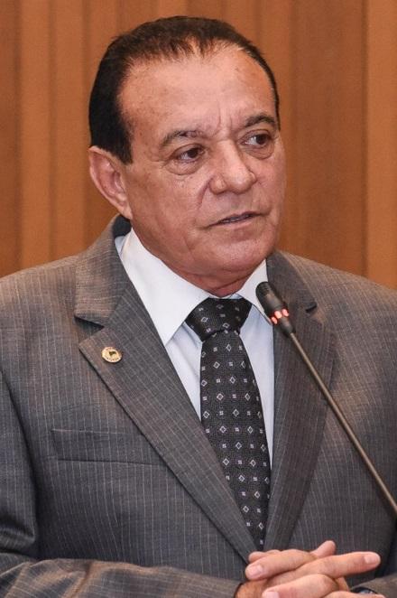 """""""Dinheiro a vereadora serviu para comprar a eleição da Câmara de Centro Novo"""", diz Dep. Cutrim"""