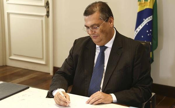 ATENÇÃO SERVIDORES: Governador Flávio Dino antecipa pagamento de maio para sexta (26).