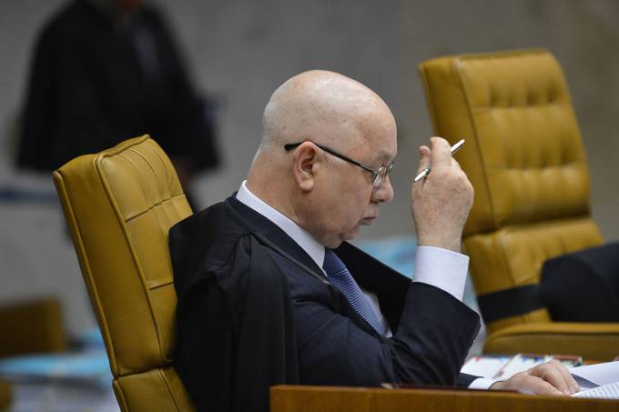 Delegado que abriu inquérito sobre Teori Zavascki é morto em SC