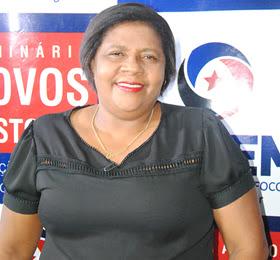 """""""Continuaremos na luta para melhorar as condições de saúde de nossa gente"""", diz prefeita de São Vicente"""