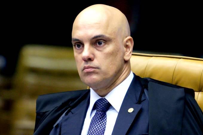 Moraes pede mais tempo para decidir restrição a foro privilegiado