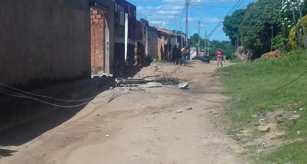 PAÇO DO LUMIAR/MA – TRAGÉDIA: Caminhão atinge fiação e poste cai sobre uma pessoa