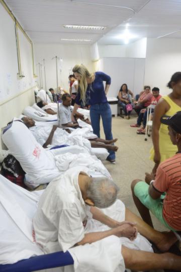 SÃO LUÍS/MA – UPA da C. Operária: pacientes ficam em poltronas à espera de transferência, diz Andrea