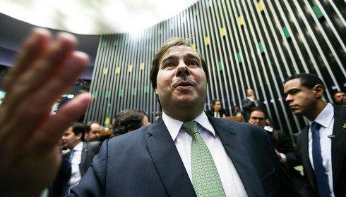 A candidatura de Rodrigo Maia a presidente-marionete
