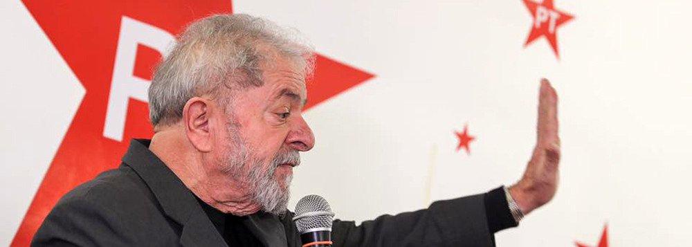 PT: CONDENAÇÃO DE LULA REPRESENTA ATAQUE À DEMOCRACIA