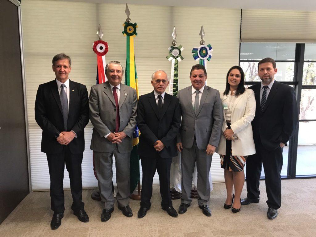 SÃO LUÍS/MA – Tema discute com presidente do TCU aplicação de recursos do Fundef