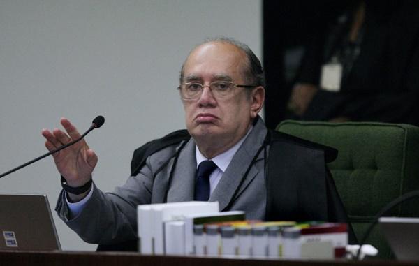 Gilmar proíbe condução coercitiva de investigados em todo o país.