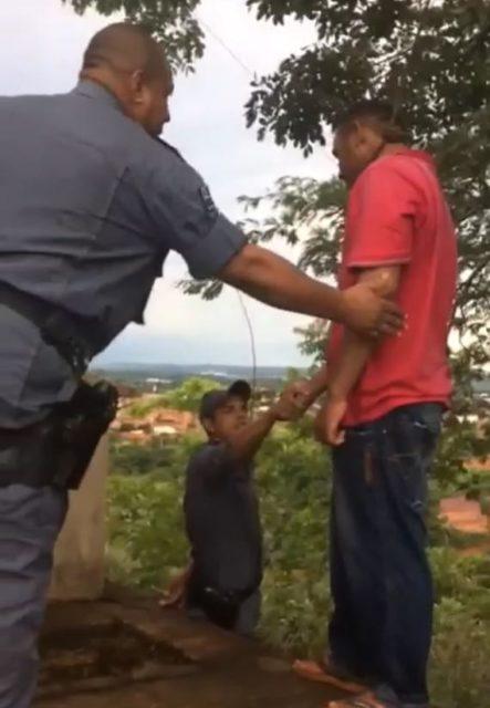 MARANHÃO – Policiais impedem suicídio de drogado; confira o vídeo