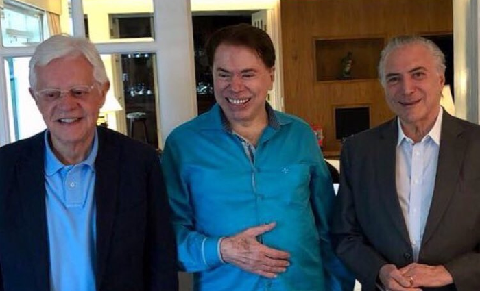 MICO! Temer Grava Com Silvio Santos, Explica A Reforma Da Previdência, Mas Dono Do SBT Diz Que 'Não Entendeu Nada'