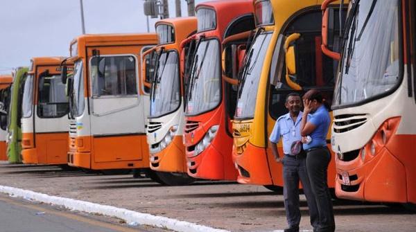 Empresários querem aumentar passagens de ônibus de São Luís.
