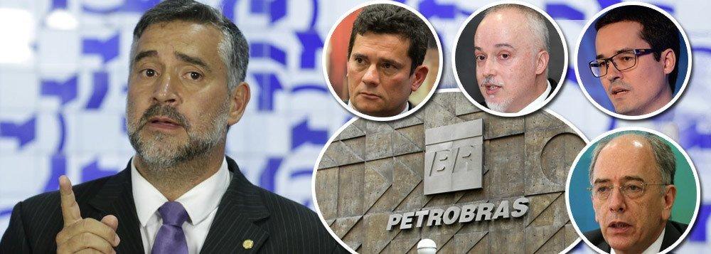 PIMENTA DENUNCIA ACORDO CRIMINOSO PARA SAQUEAR A PETROBRAS