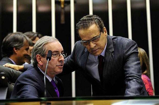 VÃO DELATAR O CHEFE DA QUADRILHA? MPF Pede 386 Anos De Cadeia Para Cunha E 78 Para Henrique Alves
