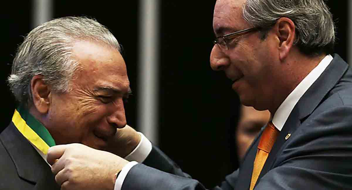 Senador do PMDB diz que da cadeia, Cunha indica todo mundo no governo Temer