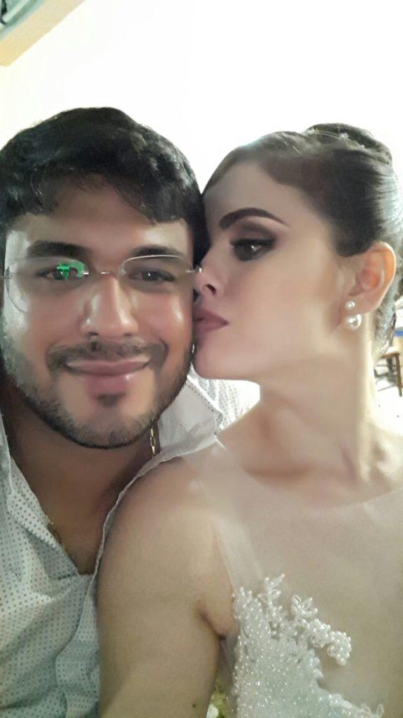 LAGO DA PEDRA/MA – Prefeita ostentação Lidiane Leite casa-se com vereador Julyfran