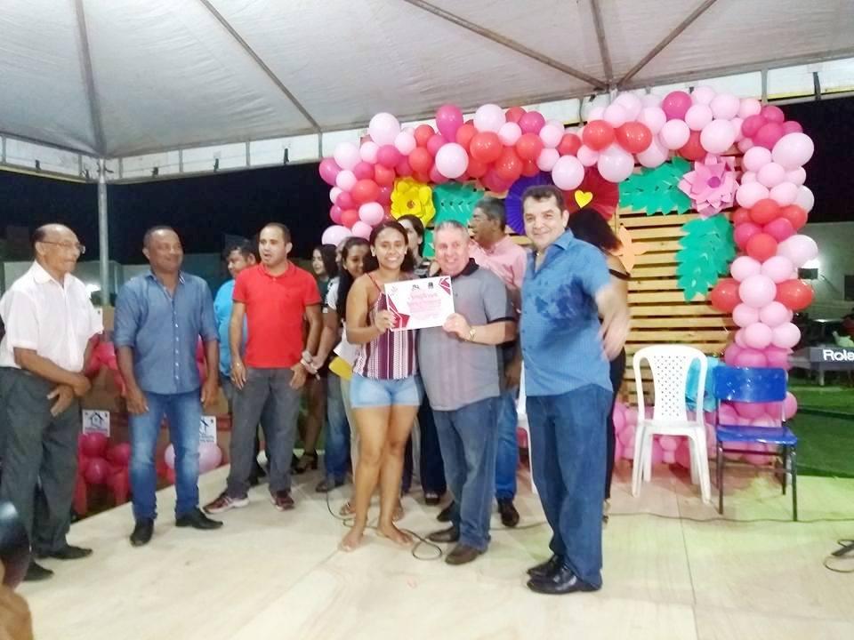 """SANTA RITA/MA – Mães homenageadas com  presentes e o programa """"CHÁ DE CASA NOVA"""""""