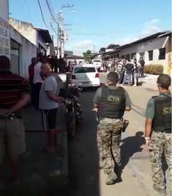 São Luis/MA – Homem atira em mulher no Dia dos Namorados, invade a casa da vizinha e faz reféns