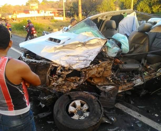 Caxias/MA – Grave acidente na BR-316 deixa uma pessoa morta e quatro feridas
