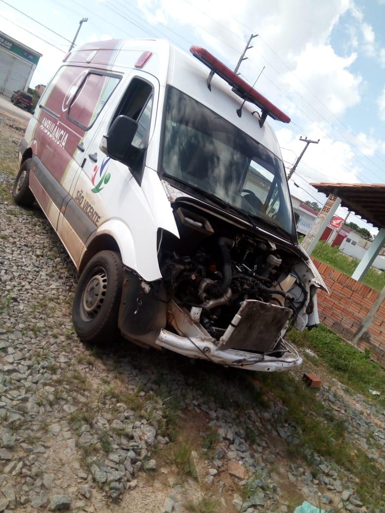 SÃO VICENTE FERRER/MA – Ninguém sentiu falta dessa ambulância ?
