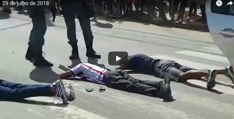 São Luís/MA – Bandidos tocam o terror em restaurante, tomam carro de assalto, mas são presos logo em seguida
