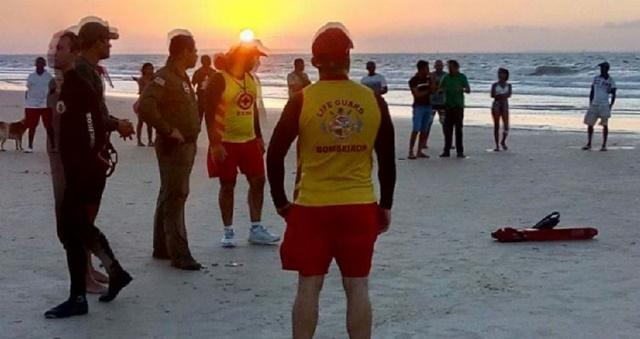SÃO LUIS/MA – Corpo do 2º adolescente afogado na Praia do Araçagi é encontrado.