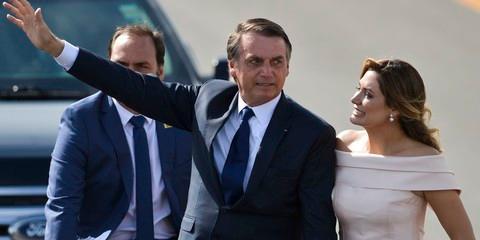 RECEITA VAI INVESTIGAR MICHELE BOLSONARO POR CHEQUE DE R$ 24 MIL