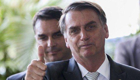 Bolsonaro ignora Globo e faz demagogia com a Previdência
