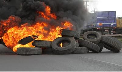 Matões do Norte/MA – Trânsito é interrompido em manifestação contra fechamento do Hospital Geral