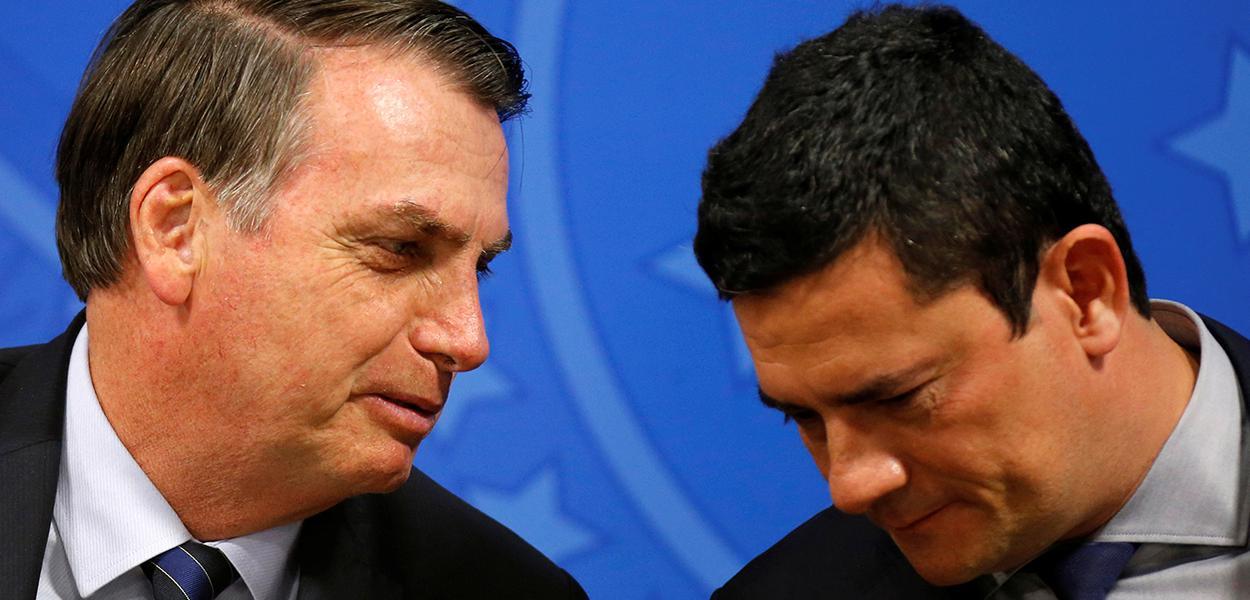Moro passou ilegalmente a Bolsonaro dados sigilosos sobre investigação do laranjal do PSL
