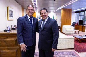 Caxias/MA – Prefeito Fábio Gentil se reúne com vice-presidente da República, Hamilton Mourão, e faz solicitações para Caxias
