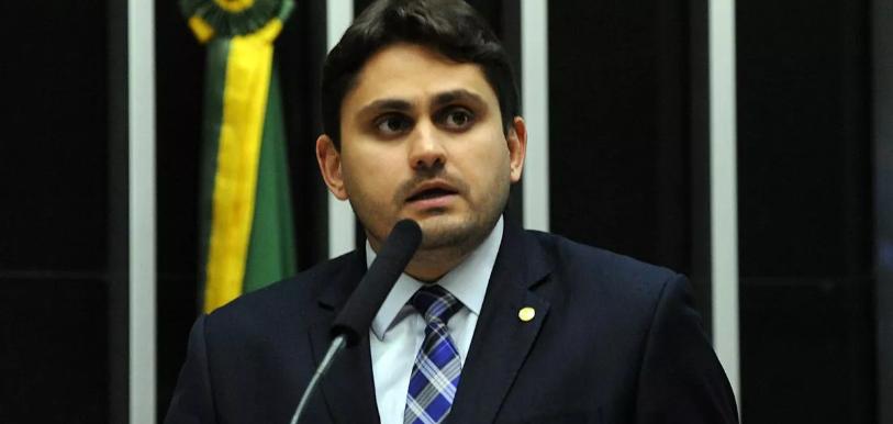 Presidente do Conselho de Ética sinaliza punição a Eduardo Bolsonaro