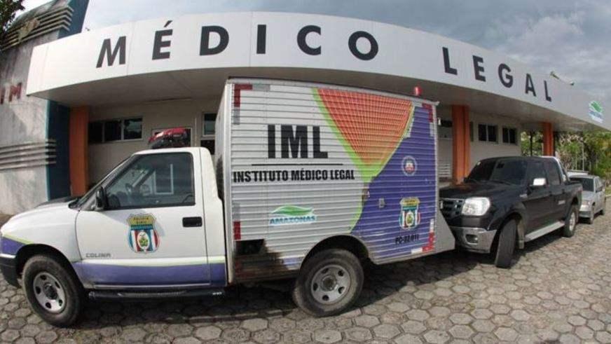 Manaus/AM – Maqueiro do IML é flagrado tendo relações sexuais com cadáver