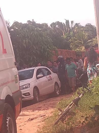 São Luis/MA – Bandidos roubam táxi na litorânea, se desentendem, e um tira a vida do outro
