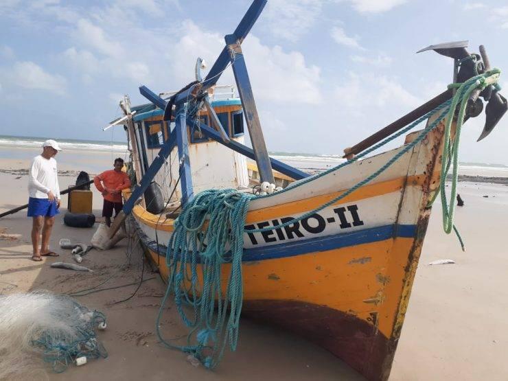 Cururupu/MA – Embarcação naufraga e deixa um morto
